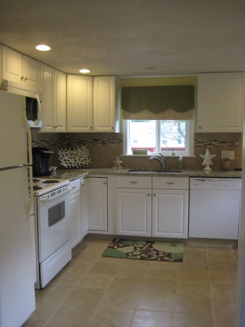 Kitchen Classics-Narragansett - Traditional - Kitchen ...
