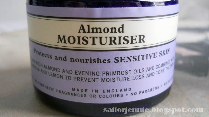 almond moisturiser