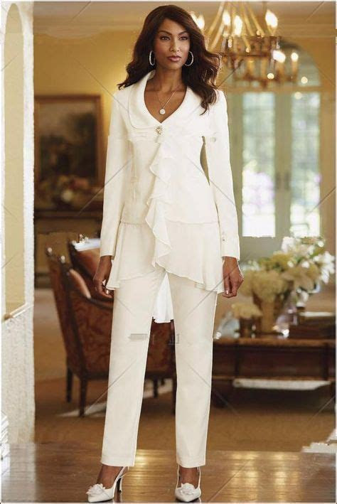 Best 10  Womens Wedding Suits ideas on Pinterest   Ladies