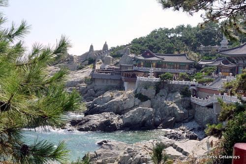 yonggunsa-temple-busan.jpg