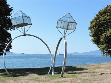 Engagement (sculpture)   Wikipedia