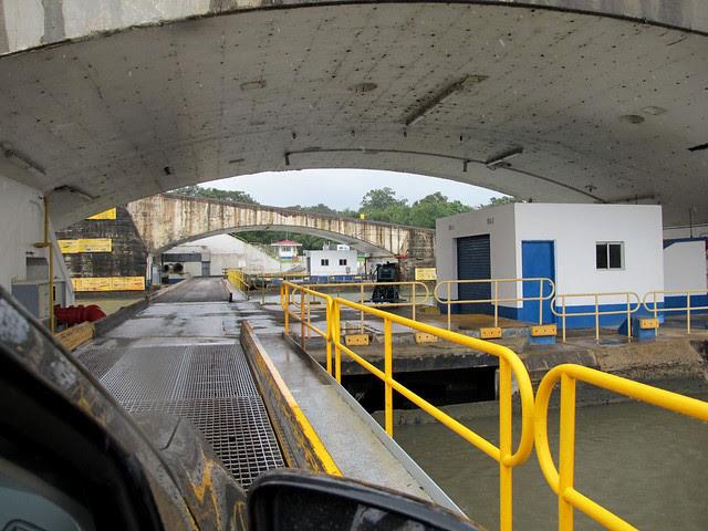 Ponte sobre as Eclusas de Gatún, Canal do Panamá