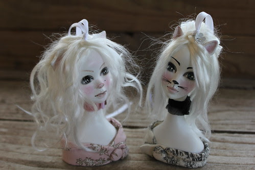 Harriet Pig & Evelyn Cat Ornament