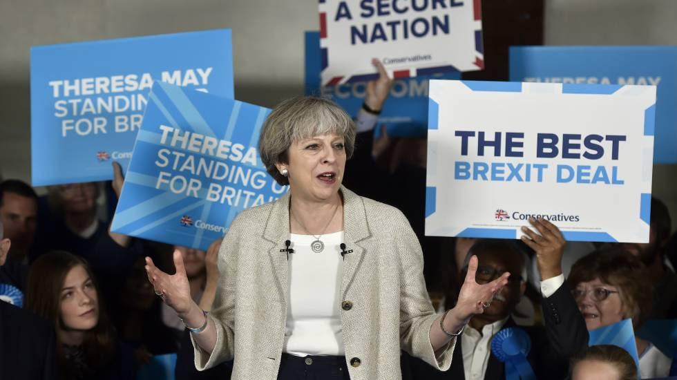Theresa May en un acto electoral el 3 de junio en Dewsbury.