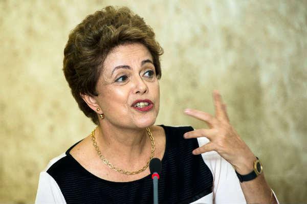 Para os defensores de Dilma, uma mudança no regimento interno estaria em desacordo com a posição do STF