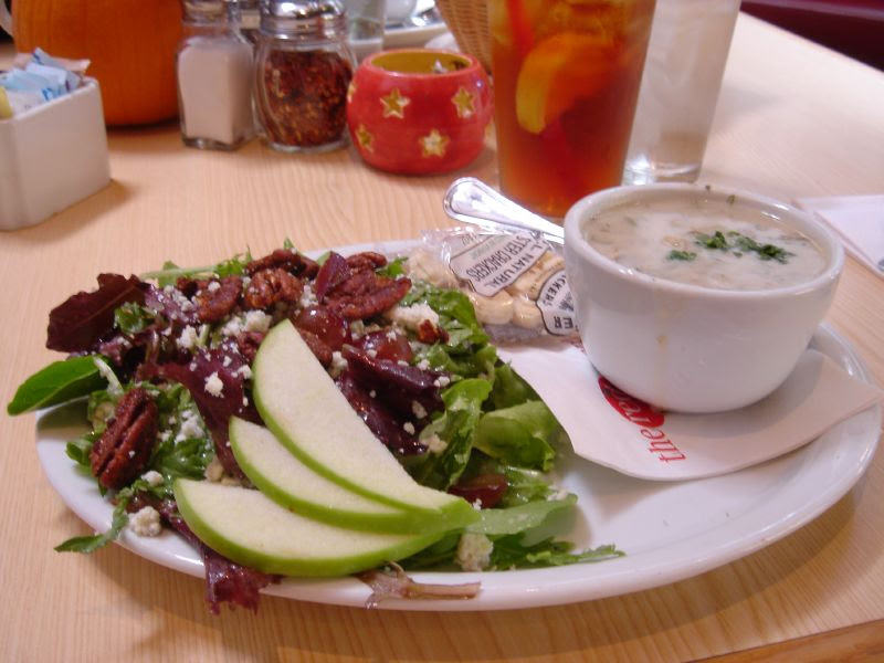 Clam Chowder and Gorgonzola Salad