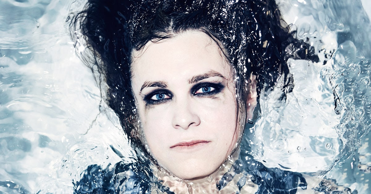 Laura Jane Grace: A Trans Punk Rocker's Fight - Rolling Stone