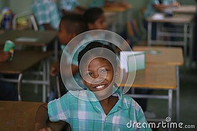 Menina Na Sala De Aula, Paramaribo,