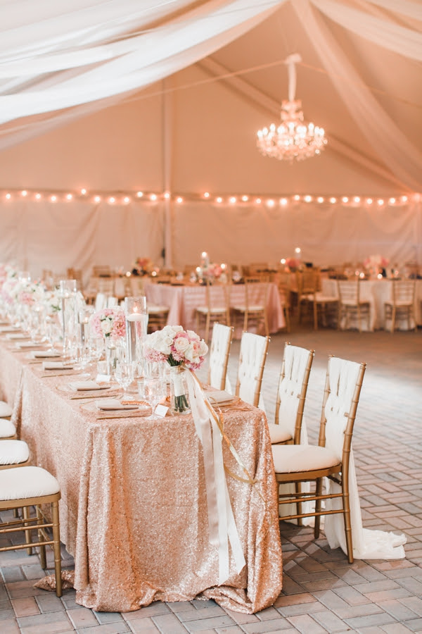 champagne-table-linens