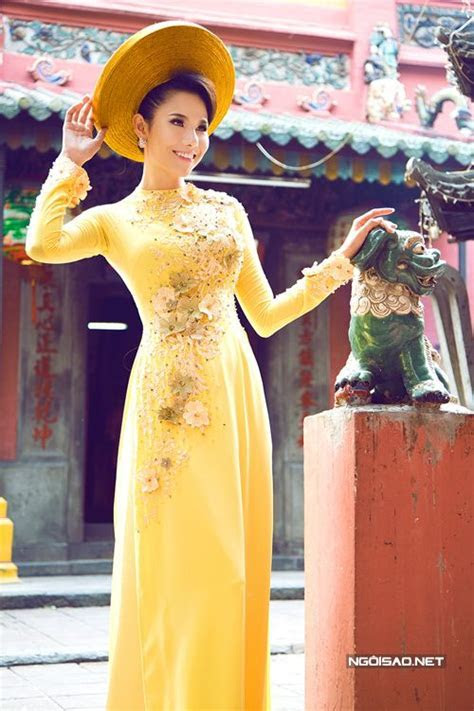 37 Best images about Ao Dai on Pinterest   Traditional