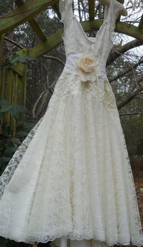 Best 10  Cream lace dresses ideas on Pinterest