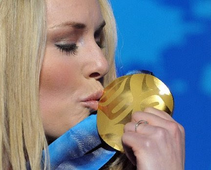 http://media.nj.com/olympics_main/photo/lindsey-vonn-gold-medal-220jpg-061ab14f5566ace3_large.jpg
