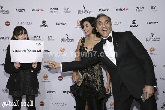 """بالصور.. أول ظهور إعلامى لزوجة باسم يوسف بحفل """"International Emmy Awards"""""""