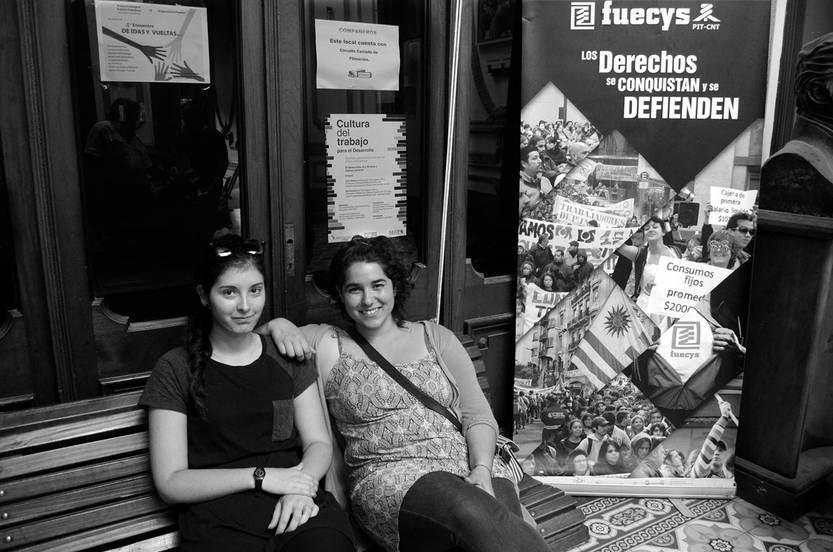 Sofía Malán y Tamara García, en el local de FUECYS. Foto: Pablo Vignali