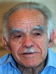Former Israeli prime minister Yitzhak Shamir criticised President Ezer-Weizman for receiving Palestinian leader Yasser-Arafat, October 8. Shamir, who turns 81 next month, also dismissed reports he was taken ill in the French captial last week.