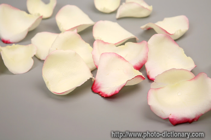 use rose petals for peach iced tea recipe