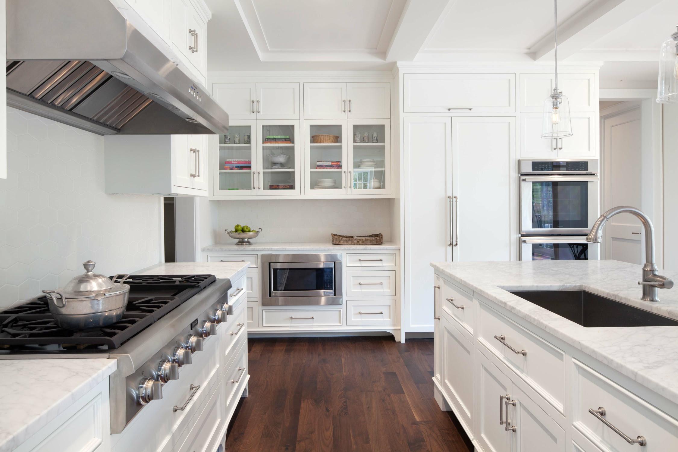 10 Hiasan Dalaman Dapur Ala Inggeris Terbaik Sebagai Inspirasi