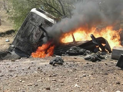 Carnage from a vehicle crash near the Ethanol plant in Chisumbanje, Zimbabwe. 22 people have been reportedly killed. by Pan-African News Wire File Photos