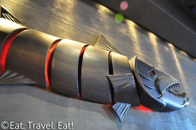 Oto-Oto Izakaya Japonaise- Monrovia, CA: Fish Sculpture