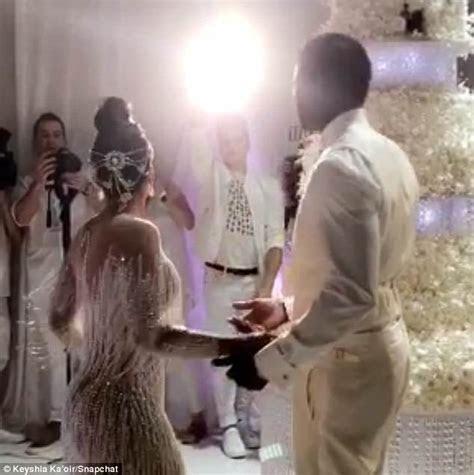Gucci Mane and Keyshia Ka'oir reveal $75k wedding cake