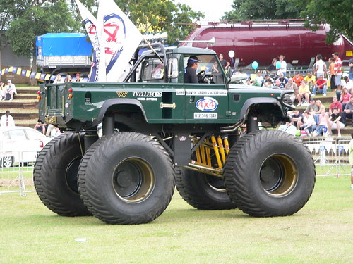 Monster Truck by hannes.steyn.