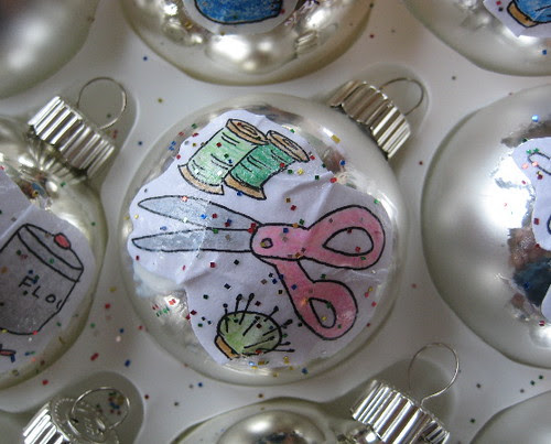 Scissor ornament
