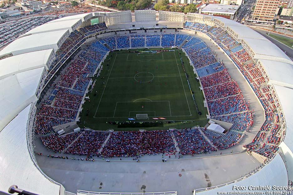 Fotos aéreas da Arena das Dunas durante os primeiros jogos