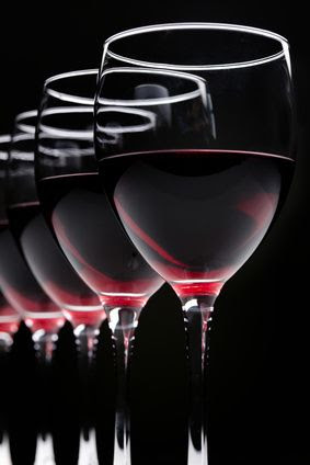 ANTI CANCER A daily intake of one to two glasses of red wine 125ml for men and one glass for women is the amount most likely to achieve these results. Consumption than some studies would have the opposite effect. #RED #WINE #GLASS