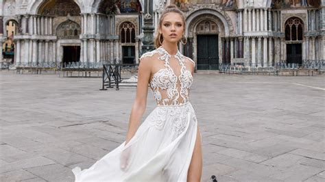 Julie Vino Spring 2018 Wedding Dress Collection   Martha