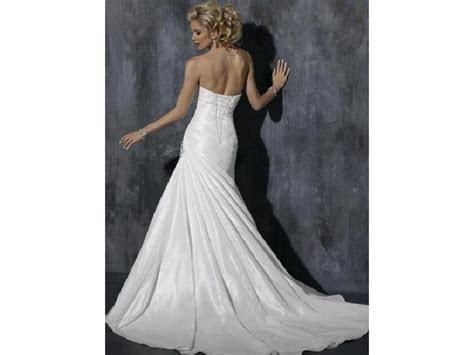 Maggie Sottero Brianna, $699 Size: 6   New (Un Altered