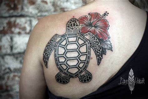 turtle tattoos  women  depict beauty  peace