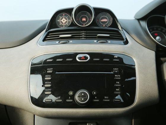 Fiat Avventura Petrol India Review dials