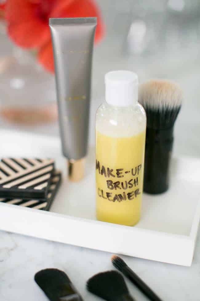 Homemade Makeup Brush Cleaner (+ How To Clean Brushes ...