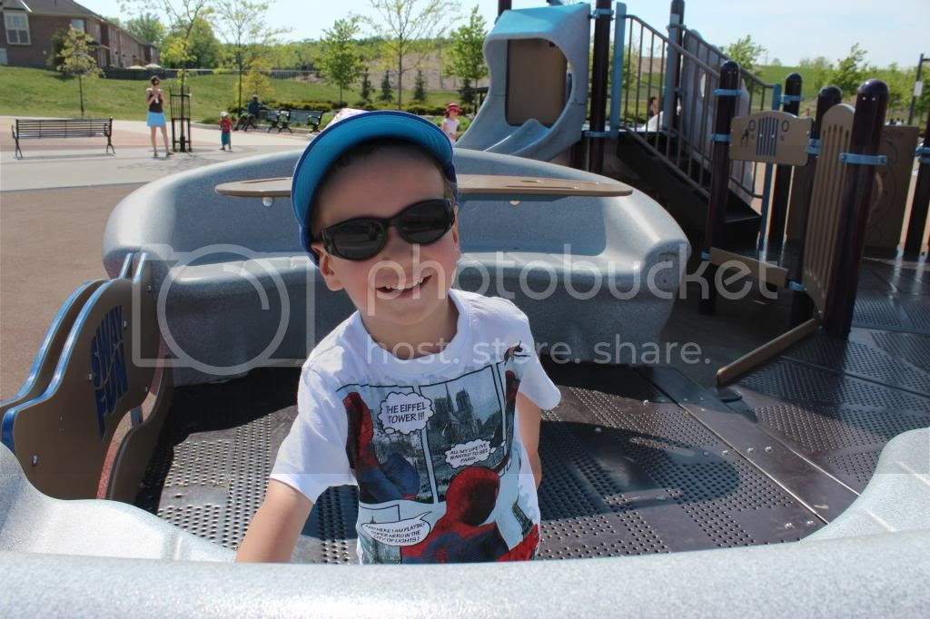 photo PlaygroundVaughan_zpsa69d2ea8.jpg