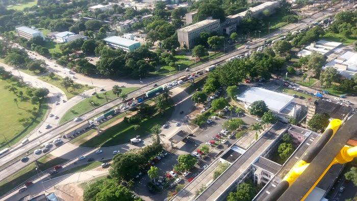 Trânsito congestionado no km 68 da BR 101, em frente à UFPE. Foto: PRF/Divulgação (Trânsito congestionado no km 68 da BR 101, em frente à UFPE. Foto: PRF/Divulgação)