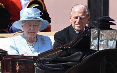 Queen Elizabeth, Prince Philip Celebrate 70th Wedding