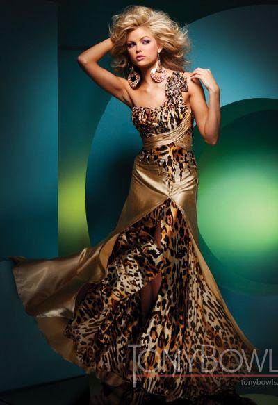 111701 Tony Bowls Paris Prom Dress S11