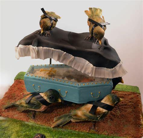 Conjurer?s Kitchen: Morbid Cake Creations by Annabel de