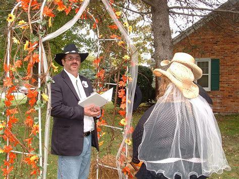 Backyard, Country wedding ceremony   Michigan Wedding