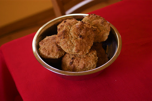 sour cream-applesauce muffins II