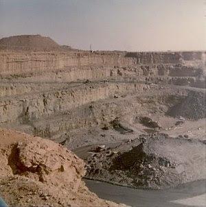 mine à ciel ouvert d'Arlit (Niger)