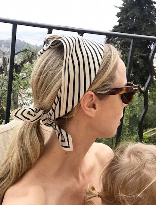 Chic Way To Wear Silk Scarf Summer Spring Style Sunglasses Hair Ponytail Elin Kling Blogger Style Le Fashion Blog