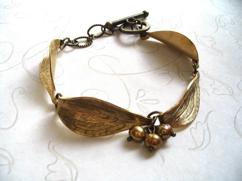 Golden Ash and Pearls Bracelet