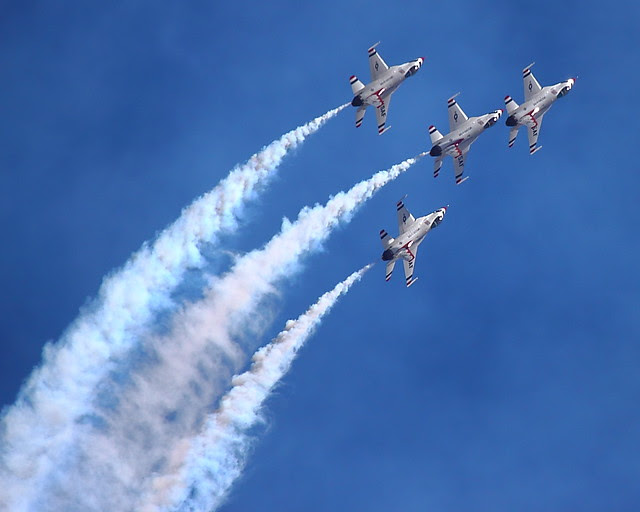 IMG_3063 Thunderbirds, Travis AFB Air Show