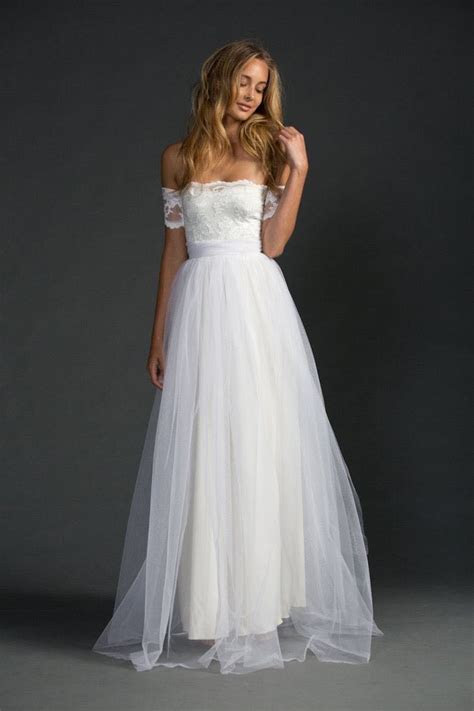 Sexiest Off The Shoulder Wedding Dresses   MODwedding