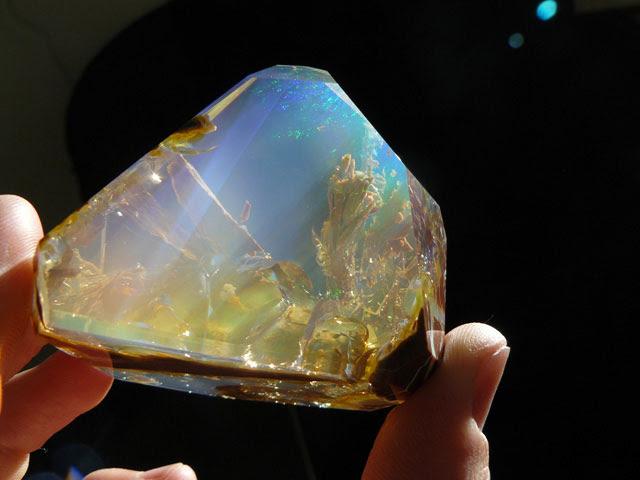 océan à l'intérieur d'une opale Oregon butte (2)