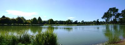 Photo of Victoria Lake in Hagley Park, Christchurch, New Zealand, taken on 2009-04-02