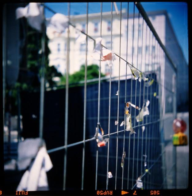 velvia construction fence