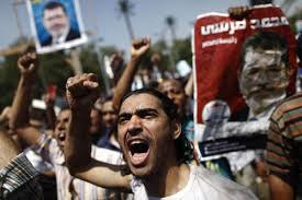 Partidarios del presidente Morsi manifiestan en El Cairo
