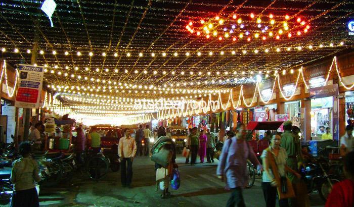 Nehru Bazaar in Jaipur